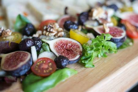 fig and olive salad
